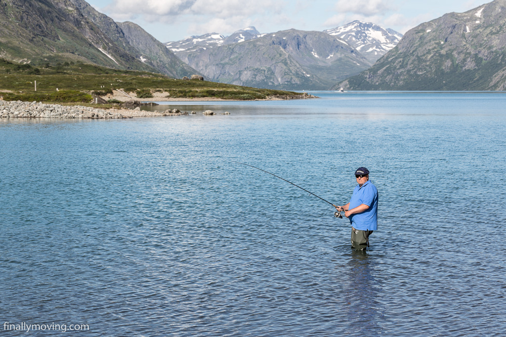 Fishing at lake Gjende